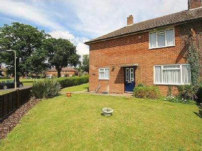 Merchistoun Road, Waterlooville, Po8
