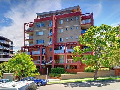College Crescent, Hornsby - Air Con