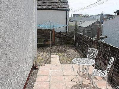 Property for sale, Beach Crescent