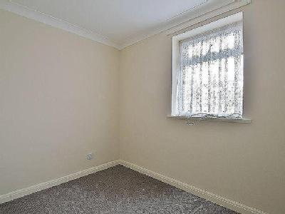 Property to let, Sheldon Close