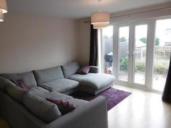 College Way, Bilborough Ng8 - Modern