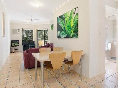 Digger, Cairns North - Furnished