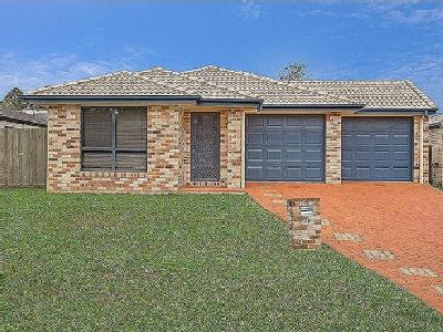 Dougherty Close, Narangba