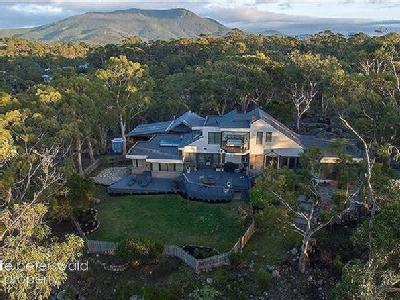 House to buy Mount Nelson