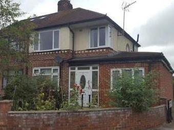 Barmouth Avenue, Perivale, Greenford Ub6