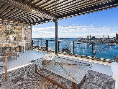 Macleay Street, Potts Point - Air Con
