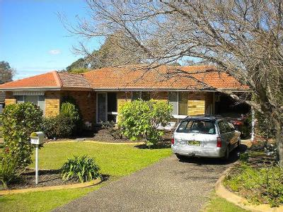 Monk Crescent, Bomaderry