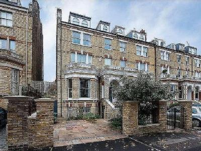 House for sale, The Chase, Sw4 - Gym