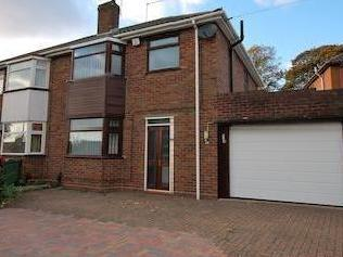 Queens Crescent, Amblecote, West Midlands Dy8