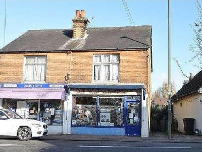 Woodfield Lane, Ashtead, Kt21