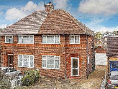 Johnston Walk, Guildford, Gu2