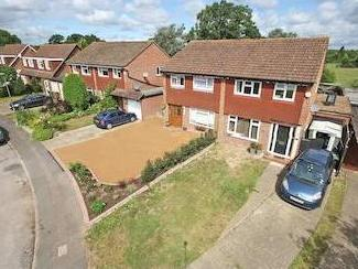 Bay Close, Horley Rh6 - Cul-de-Sac