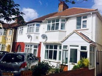Hinton Avenue, Hounslow Tw4 - Garden