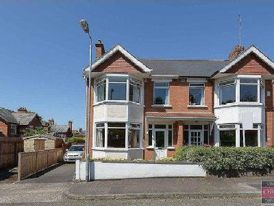 House for sale, Earlswood Park