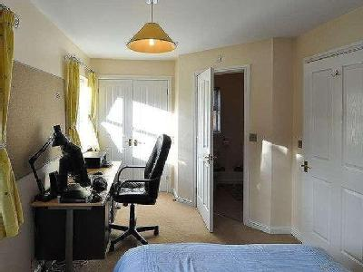 House for sale, Foxes Meadow - Modern