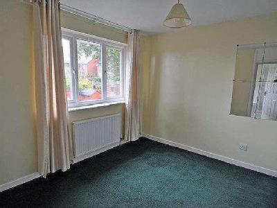 House to rent, Farfield Close