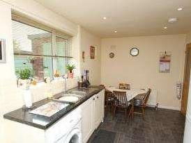 House for sale, Malson Way - Detached