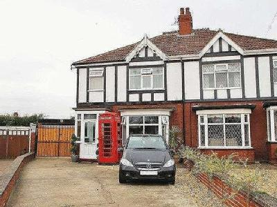 House for sale, Twyning Place