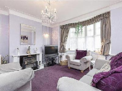 House for sale, Monkleigh Road