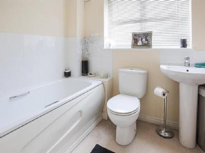 House for sale, Cutters Row - Garden