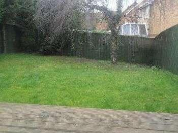 House to let, Arkers Close - Garden