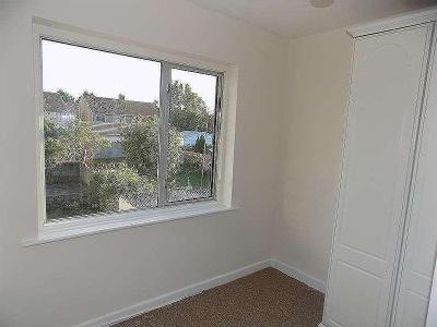 House to rent, Bach Road