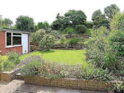 House to rent, Meadow Close - Garden