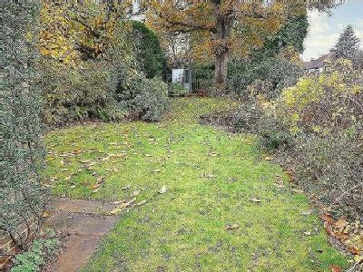 House for sale, Tangier Way - Garden