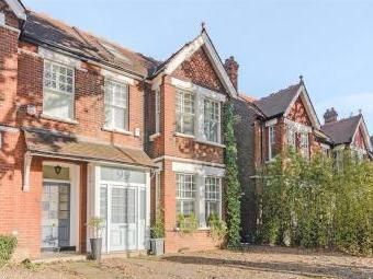 Mortlake Road, Kew, Richmond, Surrey Tw9