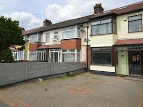 House for sale, Newham Way E6 - Patio