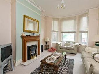 House for sale, Gap Road Sw19