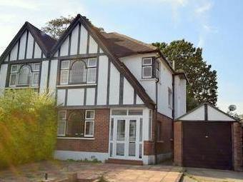 Abbots Gardens N2 - Semi-Detached