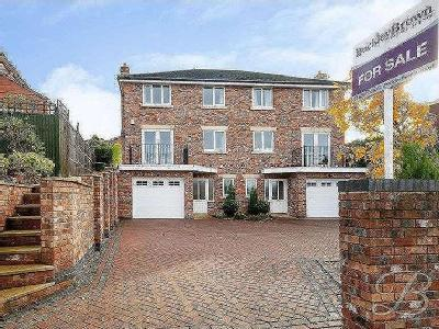 Forest Road, Mansfield, Ng18 - Modern
