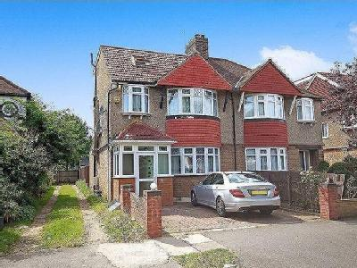 Ashridge Way, Morden, Sm4 - En Suite