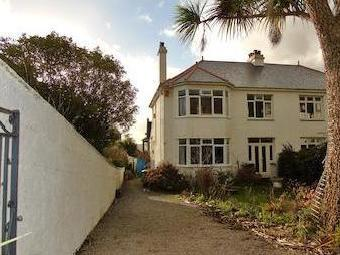Clements Road, Newlyn, Penzance, Cornwall. Tr18