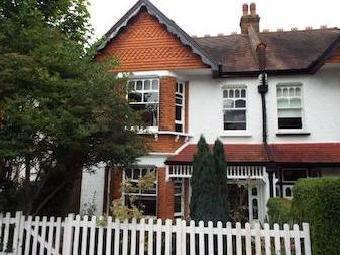Beaumont Road, Purley, Surrey, England Cr8
