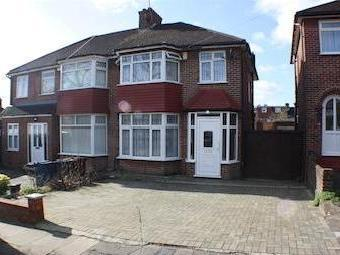 Lyon Meade, Stanmore, Middlesex Ha7
