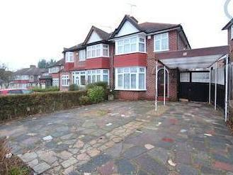 St. Andrews Drive, Stanmore Ha7