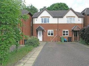 Stourbridge, Wollescote, Farmside Close Dy9