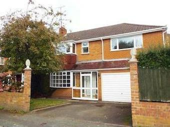 Maypole Drive, Stourbridge, West Midlands Dy8