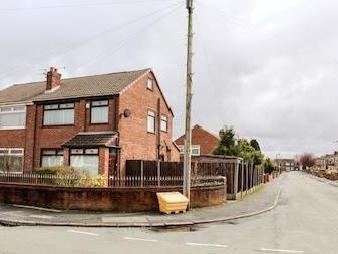 Sutherland Road, Wigan Wn3 - Patio