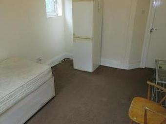 Room, Mansel Road, Small Heath B10