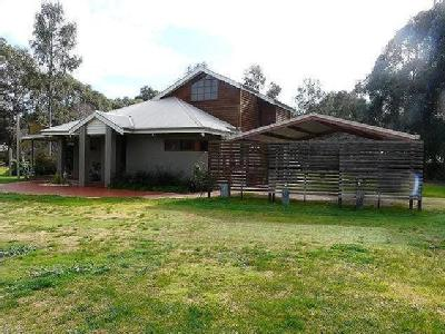 House to buy Tocumwal - Garden