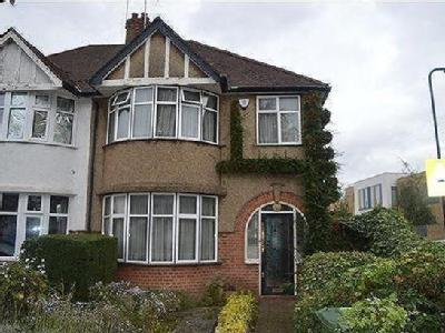 House for sale, Stag Lane, Nw9