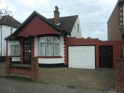 Stanley Road, Hornchurch, Rm12