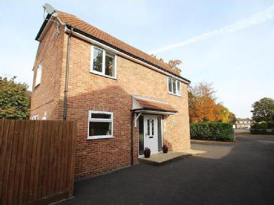 Stephens Close, Mortimer Common, Rg7