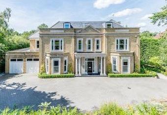 Stokesheath Road, Oxshott, Kt22 - Gym