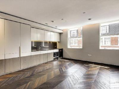 The Colyer, Covent Garden, Wc2h