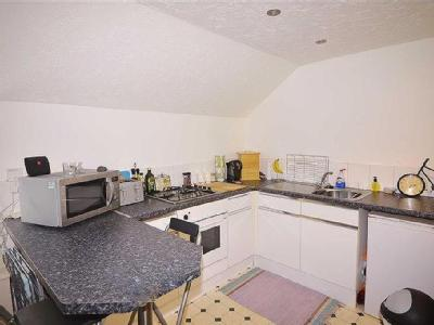 Flat to let, Tenby - Patio