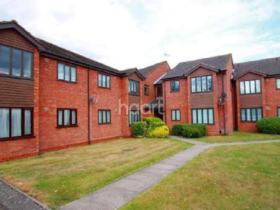 Flat for sale, Harlington